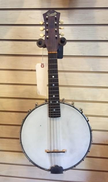 Bacon Banjolin, Mando Banjo
